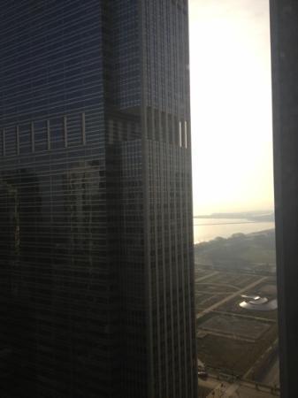 Fairmont Chicago Millennium Park: view towards the lake