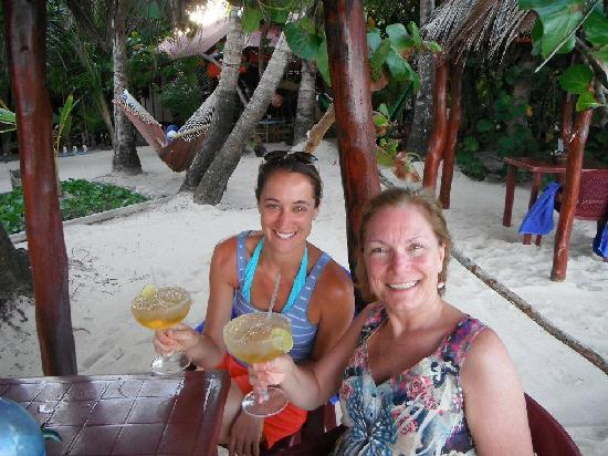 Little Corn Beach and Bungalow: Delicious Margaritas @ LCBB