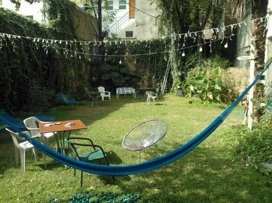 Hostel Guadalajara Hospedarte: El jardin