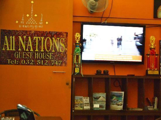 All Nations Guesthouse: One of the 2 TVs in the public area