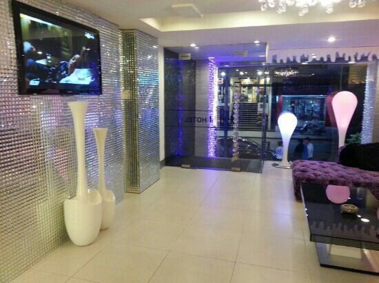 A&Em 179 Ly Tu Trong Hotel : hotel lobby 1