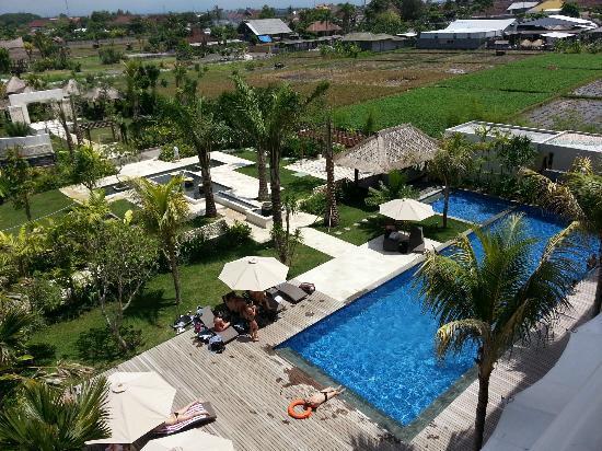favehotel Umalas: 昼間のプール