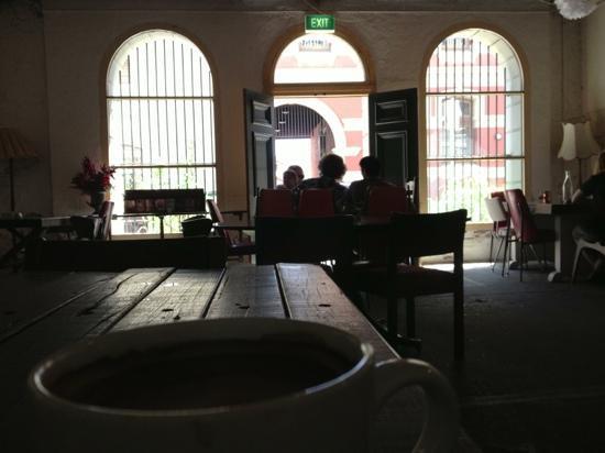 Moore & Moore Cafe: Best coffee east of Suez