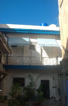 Casa Particulare Adriano y Zenaida Moreno : frontal view
