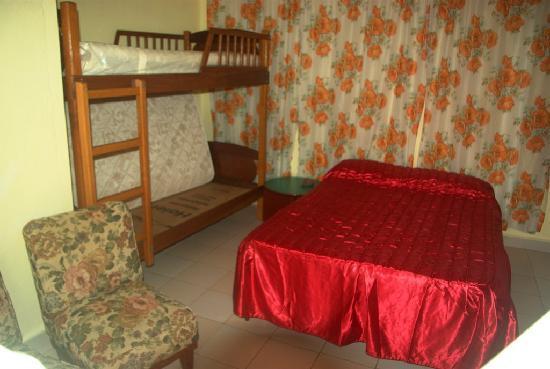 Casa Particulare Adriano y Zenaida Moreno : room 2 inside view