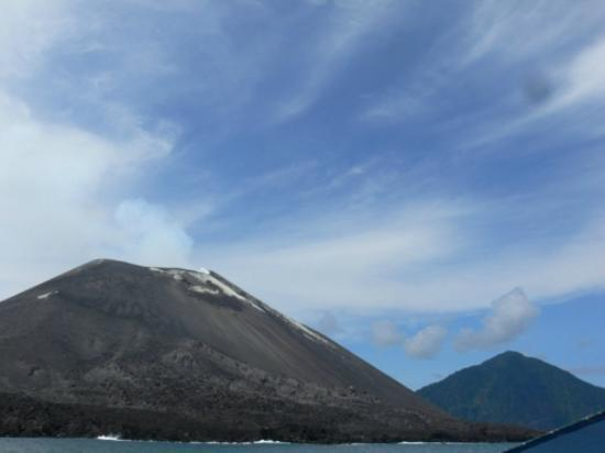 Krakatau Volcano (Krakatoa): Gunung Anak Krakatau