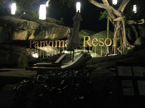 Panviman Resort - Koh Pha Ngan: The beach at night