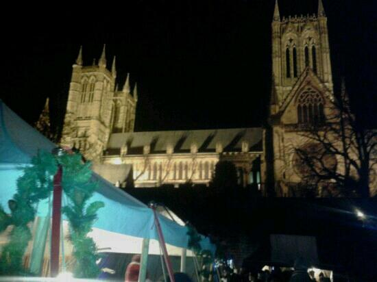 Lincoln Christmas Market: Lincoln Medieval Market at the Bishops Palace