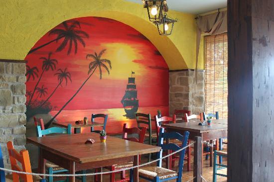 "Tortuga Tavern: ""Terrazza sul mar dei Caraibi"""