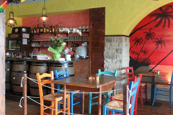 Tortuga Tavern: Bancone
