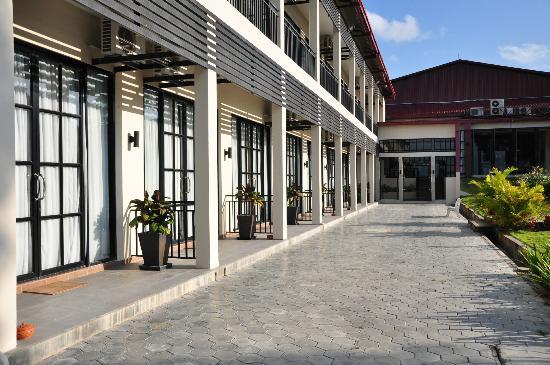 Holiday Palace Casino Resort: very sunshine balcony