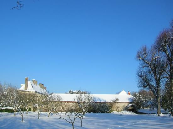 La Varenne: The outbuildings in winter