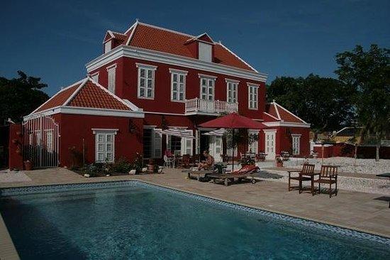 Villa Tokara: Heerlijk relaxen aan het zwembad