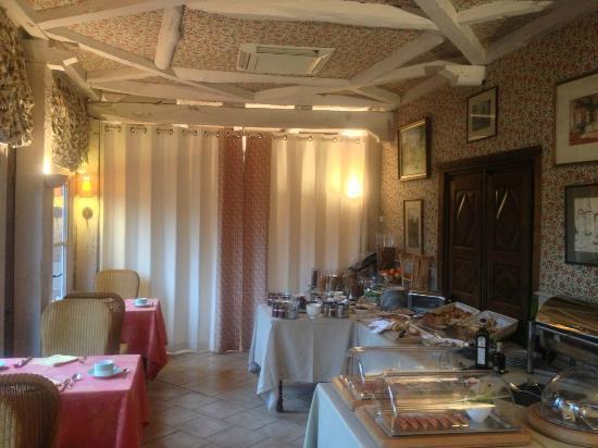 Chateau de Castel-Novel : Salle du petit déjeuner