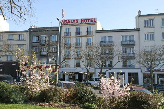 Hotel Abalys : Front of Hotel