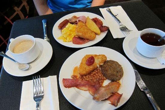Metropark Hotel Wanchai Hong Kong: Very delicious buffet breakfast!