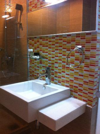 Ipoh French Hotel: Modern & clean basin