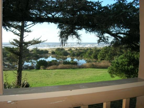 آيرلاندز روستيك لودجيز: day time view from our balcony