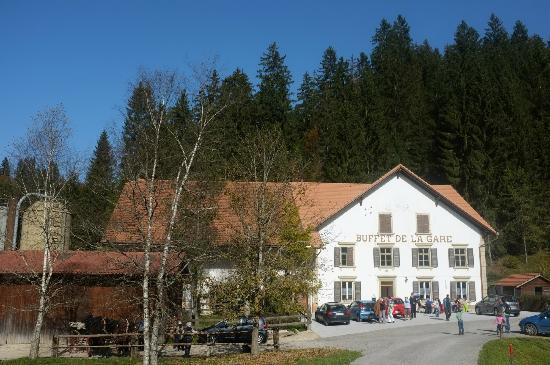 Montfaucon, Ελβετία: Le Buffet de la Gare