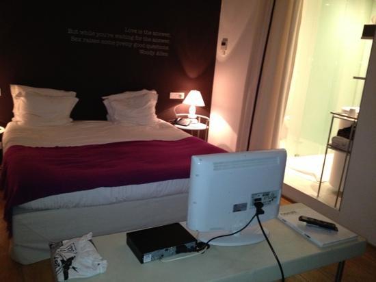 Hotel Cafe Pacific: habitación deluxe