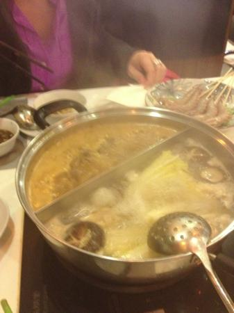 Him Kee Hot Pot: gute Suppen