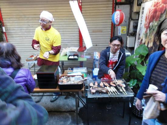 Harmonica Yokocho Markets : Yakitori vendor