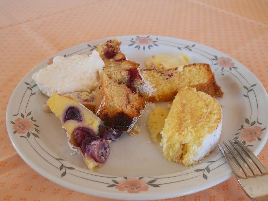 Wellnesshotel Grafenstein: buffet di dolci al pomeriggio