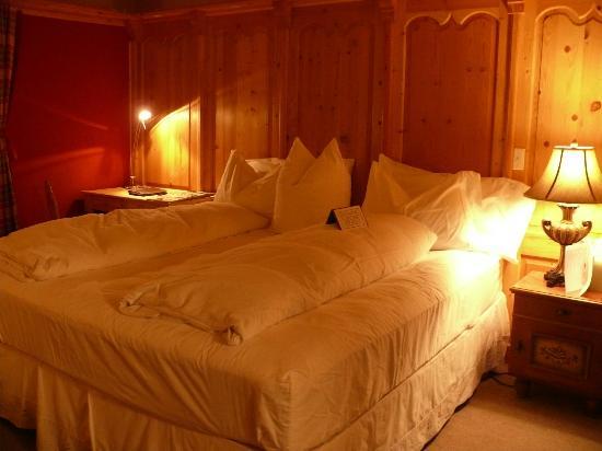 Abendblume: Kitzbuhel Room
