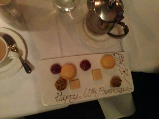 كافان كريستال هوتل: birthday treat! 