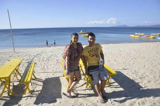 Sea Jewel Beach Resort: Beach View - Tinay and Jojo