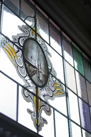 Hotel Amsterdam - De Roode Leeuw: Stained glass