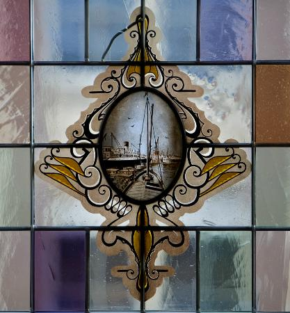 Hotel Amsterdam - De Roode Leeuw : Stained glass