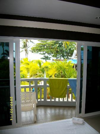 Blue Andaman Lanta Resort: Utsikt från balkongen rum A208
