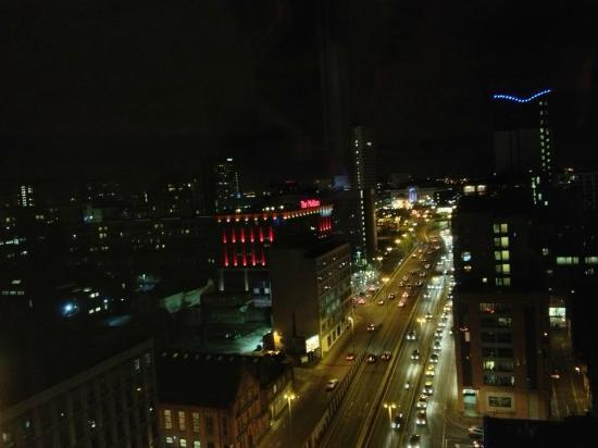 Radisson Blu Hotel, Birmingham: side view from suite bedroom