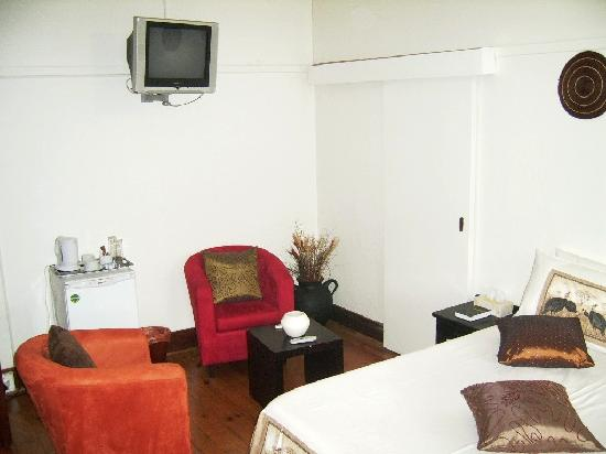 Thembelihle Guest House : Room 5