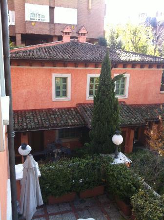 Hotel Quinta De Los Cedros: Lateral de la Quinta