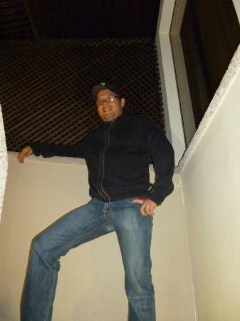 Hotel Casa Bella: escaleras de habitacion