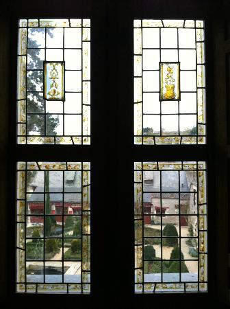 Le Chateau du Clos Luce - Parc Leonardo da Vinci: The windows from Marguerite's Chambers