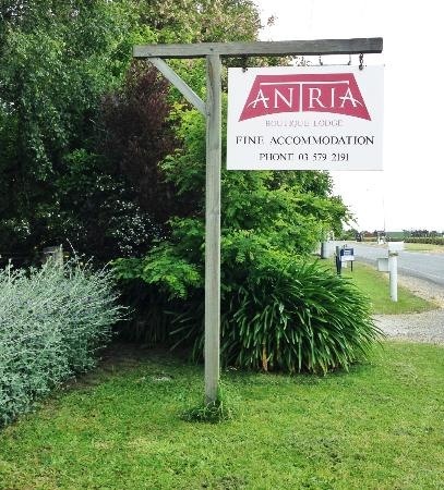 Antria Boutique Lodge: street sign