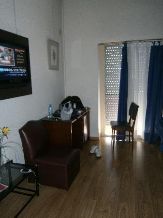 Hotel Plaza Roma: Habitación triple