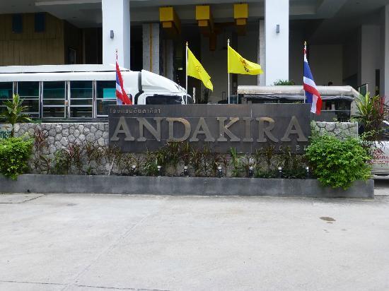Andakira Hotel Patong: front