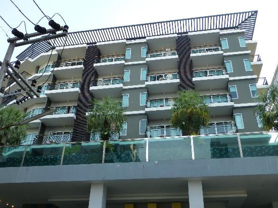 Andakira Hotel Patong: the hotel