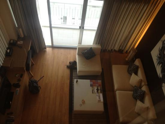Kantary Hotel, Ayutthaya: view from bedroom to living room