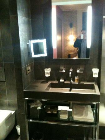 Sofitel Legend The Grand Amsterdam: bathroom 