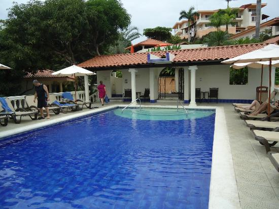Hotel Parador: Adult pool