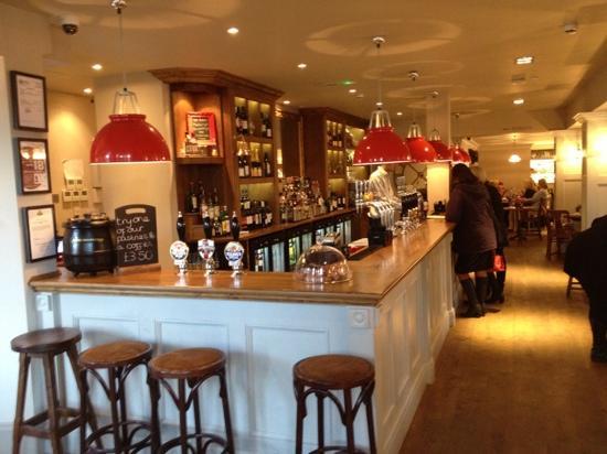 The Foley: bar