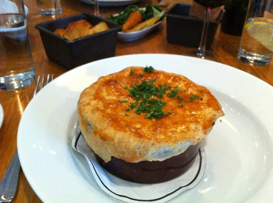 Paternoster Chop House: Lamb Pie 1700s style