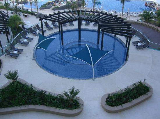 Hard Rock Hotel Cancun: Relaxing area on third level