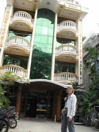 Sittwe, Burma: along main street