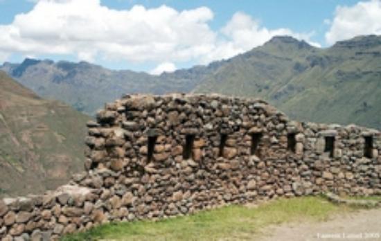 Los Andes De America Hotel: muro inca en Chinchero